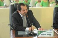 Aprovado, PL de Pr. Jorge prevê embarque e desembarque de passageiros prioritários em bancos e órgãos públicos