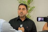 Aprovado PL que autoriza taxistas convencionais e de lotação a negociarem, em vida, o alvará a terceiros