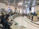 Câmara aprova abono salarial para servidores efetivo e comissionados da Educação