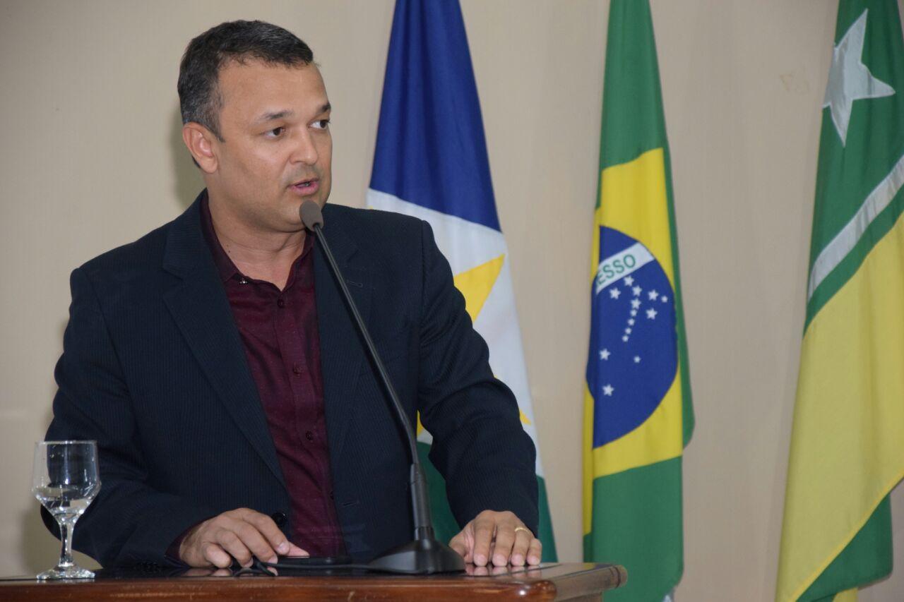 Câmara aprova PL que obriga estabelecimentos alertarem sobre a exposição inadequada ao sol