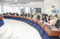 Câmara autoriza Prefeitura a chamar 102 pessoas do concurso da Educação de 2014
