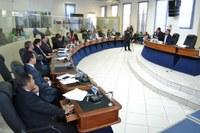 Câmara autoriza Prefeitura pagar abono aos servidores da Secretaria de Educação e Cultura