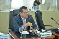 Câmara de Boa Vista aprova honrarias a 18 profissionais da Administração do Estado