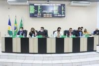 Câmara  derruba veto do Executivo e mantem serviço de mototáxi