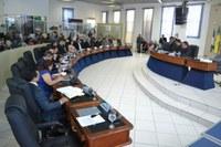 Plenário rejeita pareceres contrários aos projetos de Linoberg e Rômulo