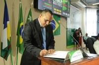 Vereador Alan do Povão é empossado na Câmara Municipal de Boa Vista.