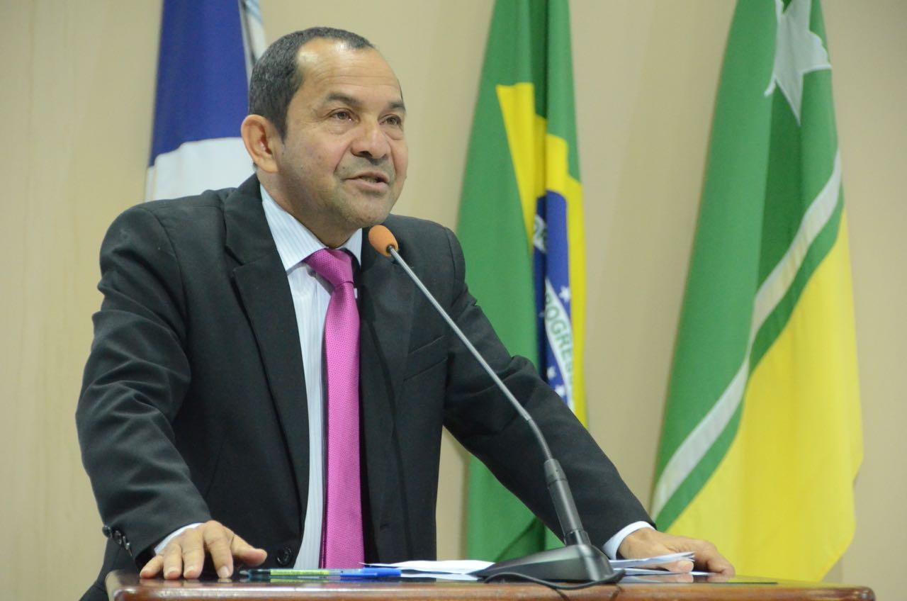 Vereadores de Boa Vista aprovam em 1º turno o Dia Municipal do Amigo no Trânsito